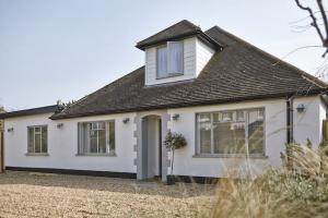 The front of this surprisingly spacious chalet bungalow