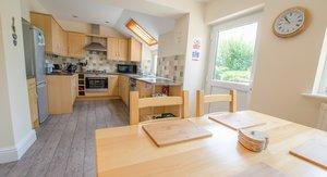 CLOUDBREAK - Wrafton, BRAUNTON - 4 BEDROOMS - SLEEPS 8