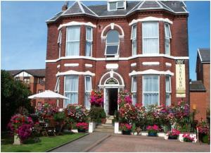 Picture of BARFORD HOUSE HOLIDAY APARTMENTS (situated in Southport, Merseyside & Wirral)