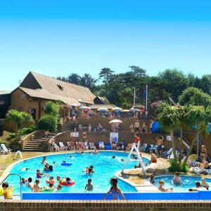 Picture of LOWER HYDE HOLIDAY PARK - PARK RESORTS (situated in Shanklin, Isle Of Wight)