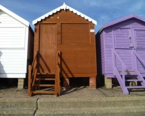Picture of BEACH HUT 556